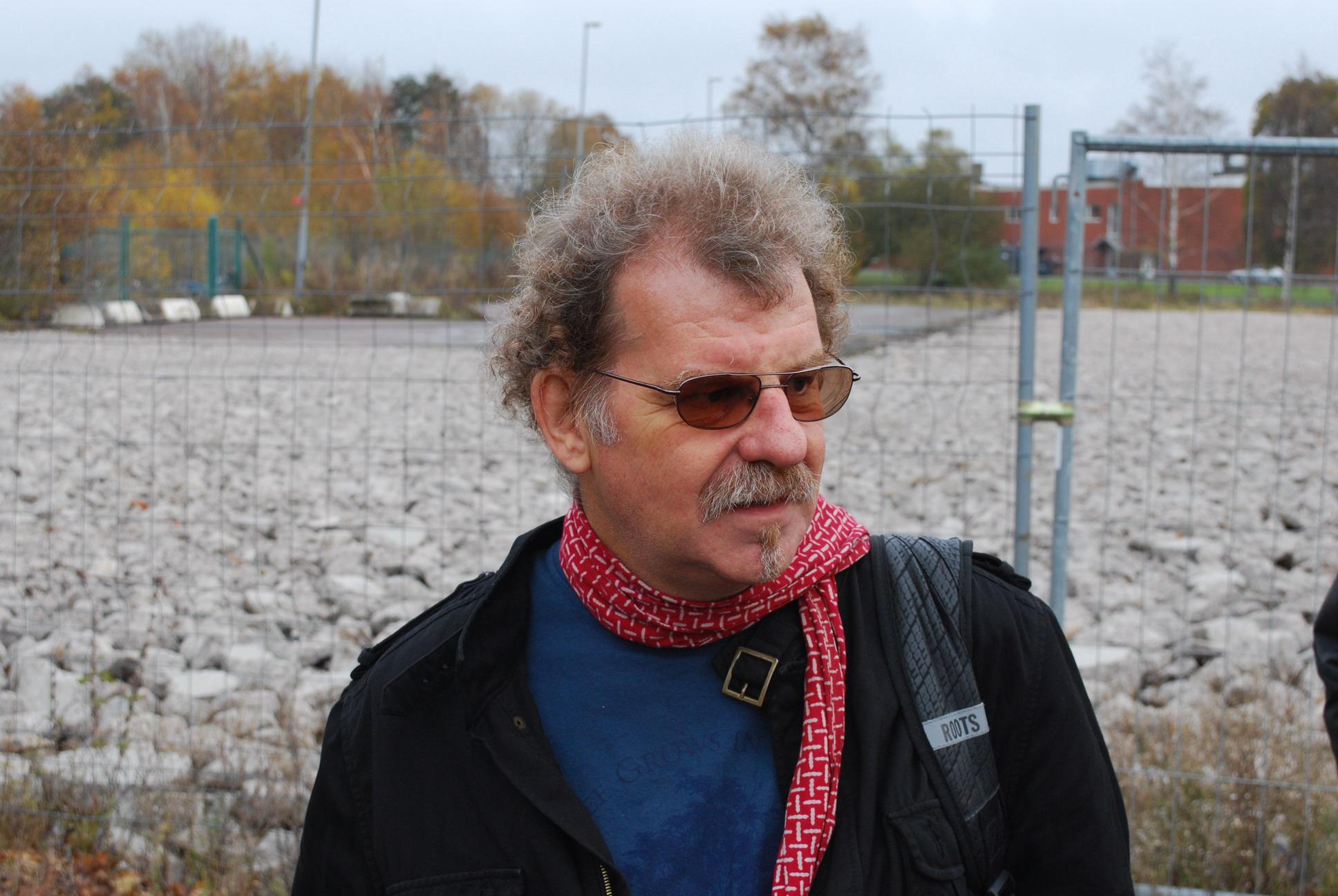 [Neil in Gothenburg]